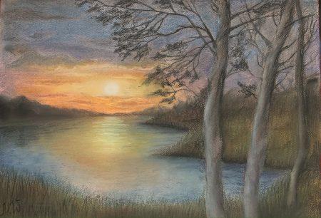 <p>Закат на реке - картина пастелью</p>